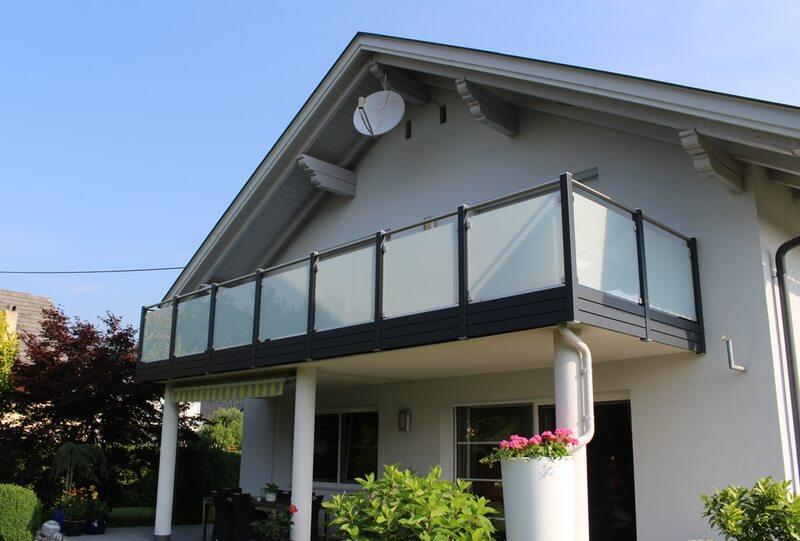 glasbalkone meier balkone. Black Bedroom Furniture Sets. Home Design Ideas